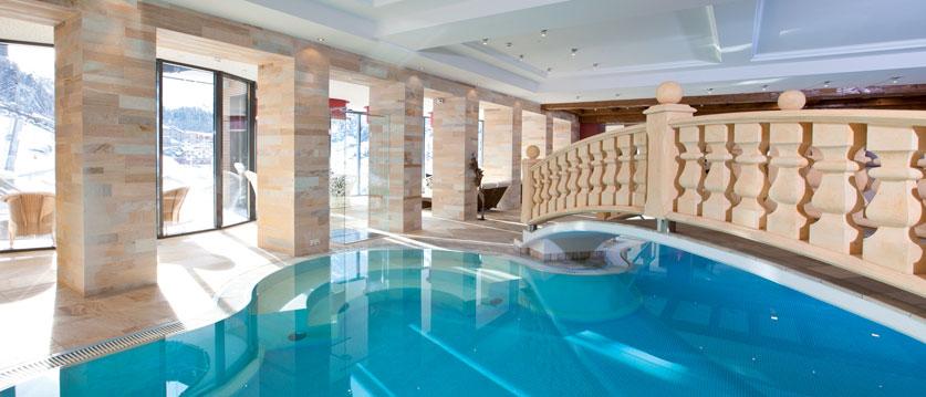 Austria_Obergurgl_Hotel-Gottard_indoor_pool.jpg
